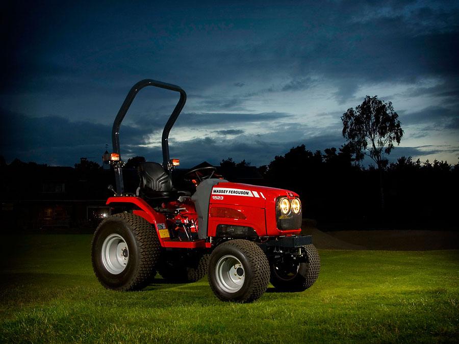 Massey Ferguson 1523 Tractor